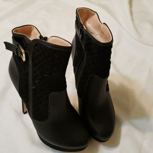 Black Boots - new without box